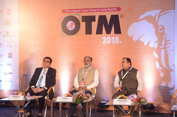 Sanjiv Agarwal, Chairman and CEO, Fairfest Media Limited, Shri. K. J. Alphons, Minister of State (I/C) for Tourism, Government of India, & Jaykumar Rawal, Minister of Tourism, Government of Maharashtra