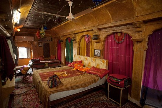 Desert Haveli Guest House, Jaisalmer, rajasthan, red curtains, old