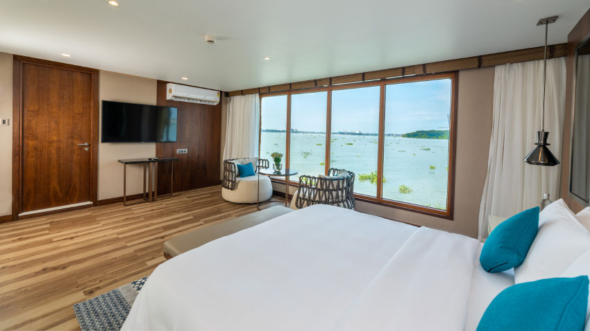 Grand Hyatt Kochi Bolgatty launches two-bedroom exquisite houseboat in Kochi Nattika 3